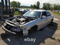 Driver Front Door With Keyless Entry Pad Fits 99-02 LINCOLN & TOWN CAR 79644
