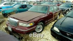 Driver Left Front Door withKeyless Entry Pad Fits 95-97 LINCOLN TOWN CAR 326543