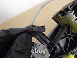 Bmw Oem E82 E88 Avant Droit Poignée De Porte Passager Ouvreur Grip Sans Clé # 2