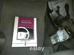 Porte D'entrée Sans Clé Avec Conducteur Avant Pad Convient 99-02 Lincoln Town Car & 79979